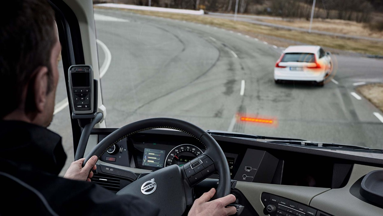 Dynafleet Safety logs events where the truck's acive safety systems intervene.